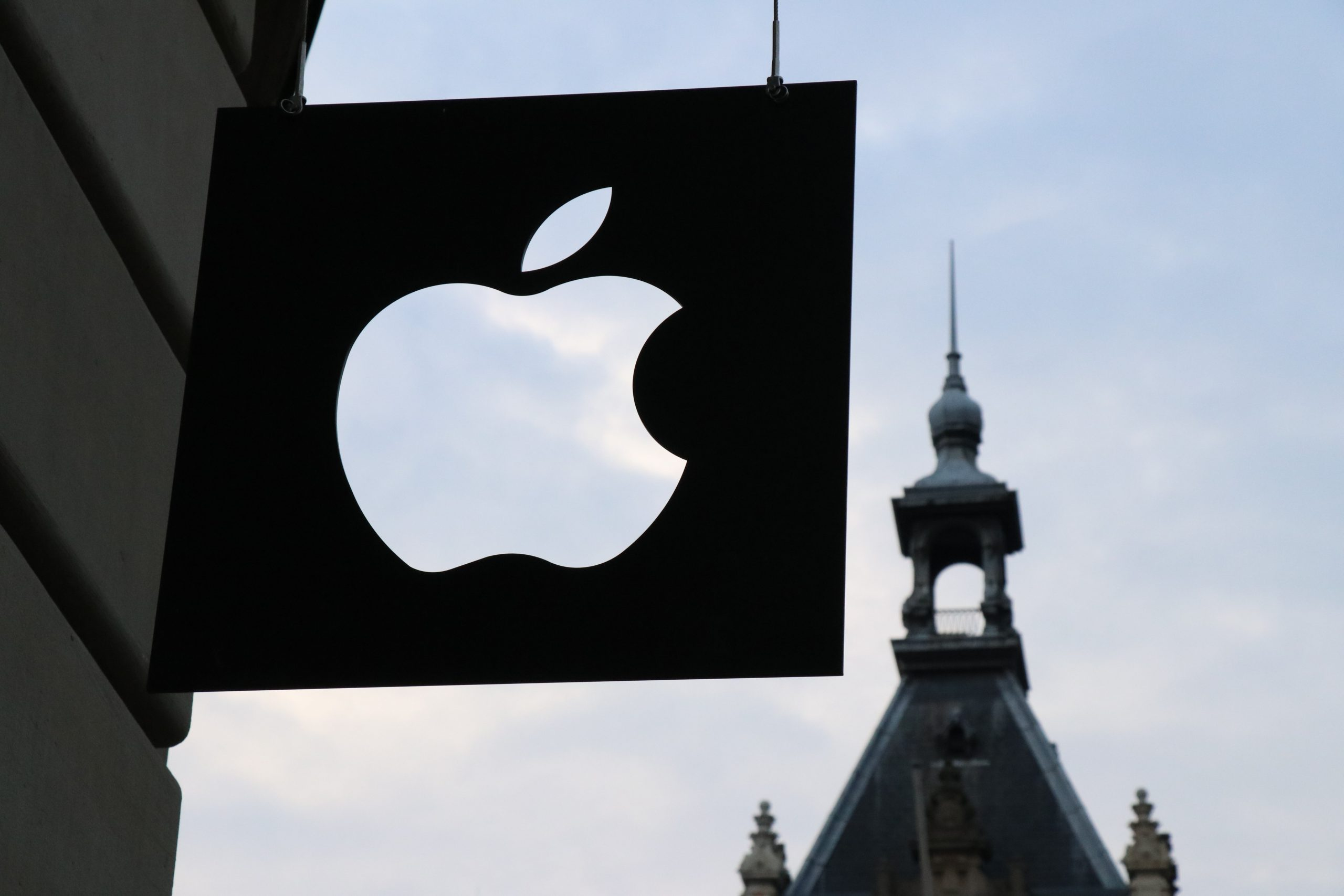 Apple India Online Store Now Open with iPhone Changes, On-Demand Mac Settings, and More
